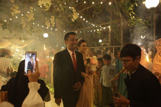 The Wedding of Supri & Delvi ❤️ by Favor Brides - 025