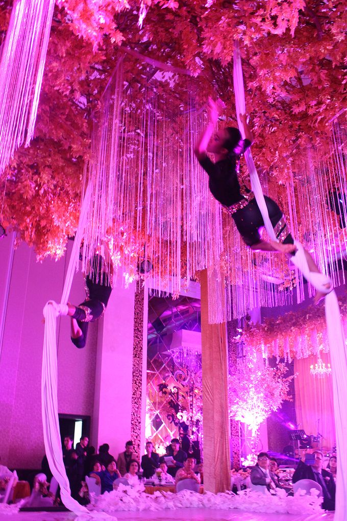 The Wedding of William & Caroline by The Trans Resort Bali - 015