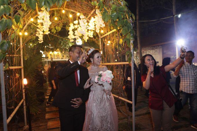 The Wedding of Supri & Delvi ❤️ by Favor Brides - 028
