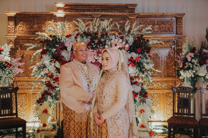 DINI & AGI WEDDING by Petty Kaligis - 002