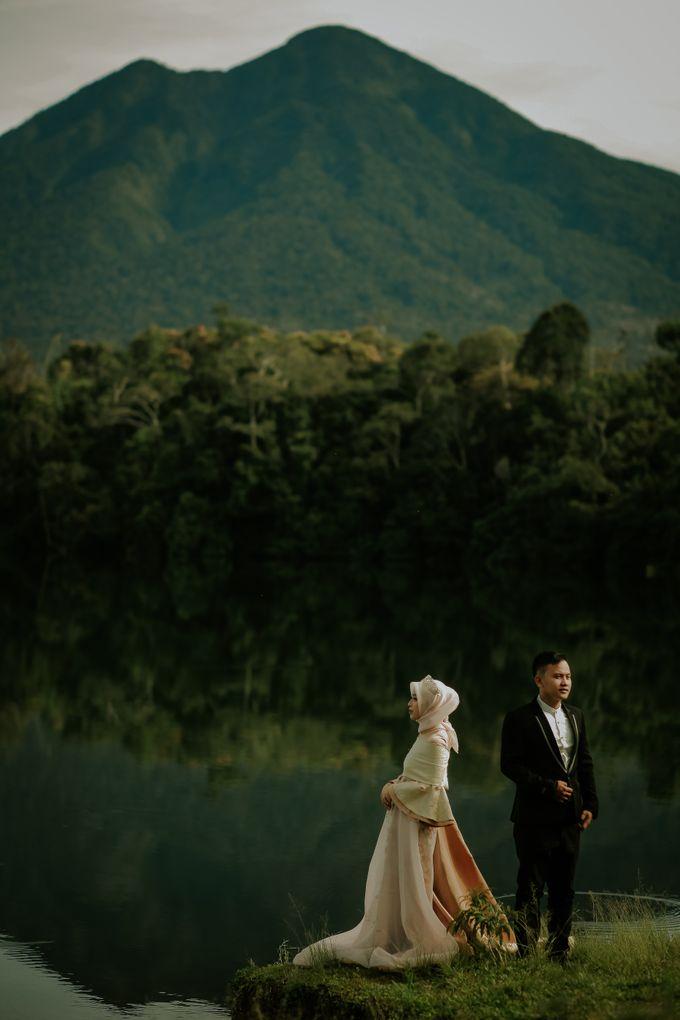 PREWEDDING STORY JUNI & IDZA by KONIG Photography  - 009