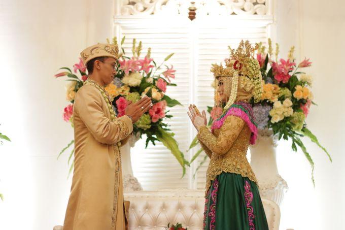 Ria + Ivan by KATA Wedding Planner And Organizer - 004