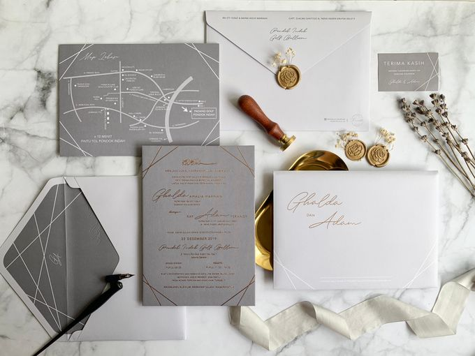 Minimalist Geometric Grey by Trouvaille Invitation - 004