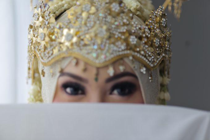 Sunda Hijab Siger by Arum Ndalu Sanggar Rias Pengantin - 001