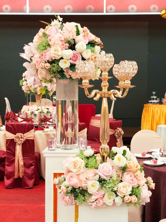 Blush Pink & Glamorous Gold Wedding by Glitz&Glam Studiobooth - 018