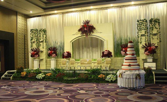 Wedding Decoration & Set Up at Holiday Inn Bandung Pasteur by Holiday Inn Bandung Pasteur - 008
