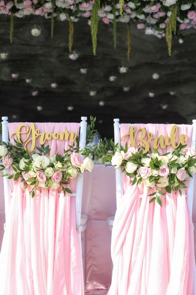 Mesmerizing Cave Wedding at Ocean Bali by Silverdust Decoration - 002