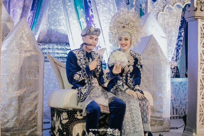 The Wedding Of Fara & Alief by alienco photography - 006