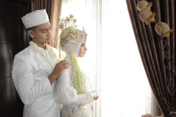 Wedding Day Dhema & Maifal by Coklat Photo Surabaya - 001