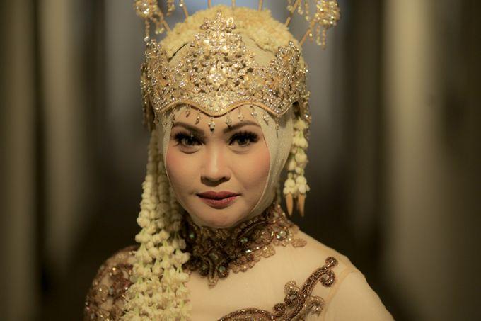 Sunda Hijab Siger by Arum Ndalu Sanggar Rias Pengantin - 003