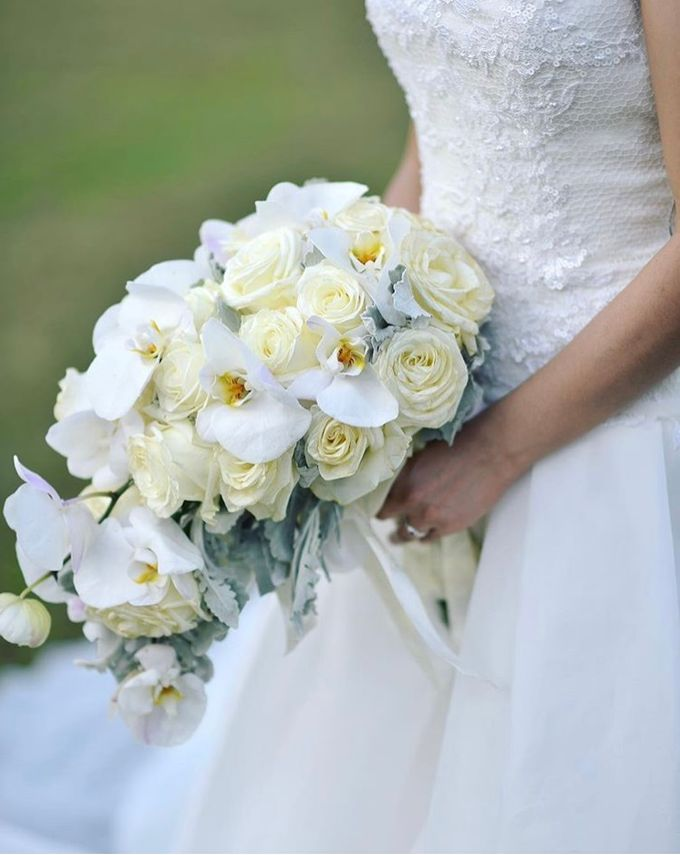 Bridal Bouquets by Natural Art Flowers and Decors - 007
