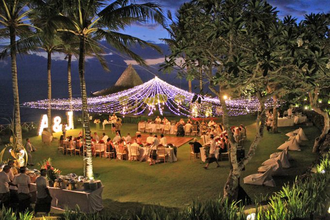 Amy & Josh Wedding Reception by KORI Catering - 005