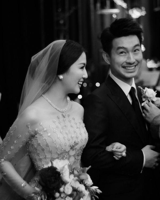 The Holy Matrimony of Silvia Siantar & Adiguna Prakoso by Smara Photo - 003