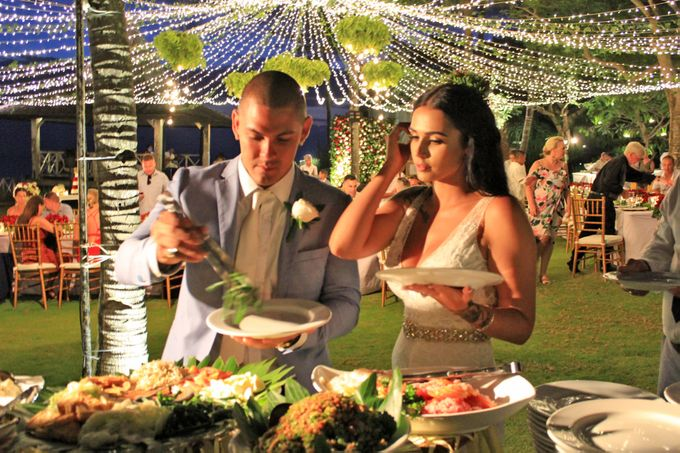 Amy & Josh Wedding Reception by KORI Catering - 007