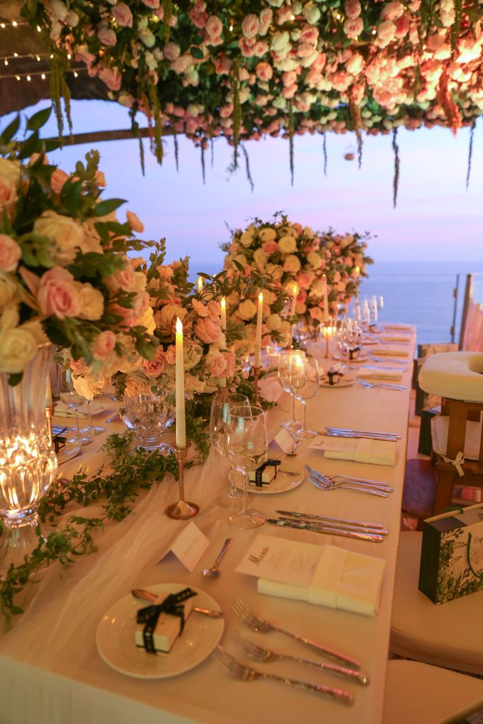Mesmerizing Cave Wedding at Ocean Bali by Silverdust Decoration - 032