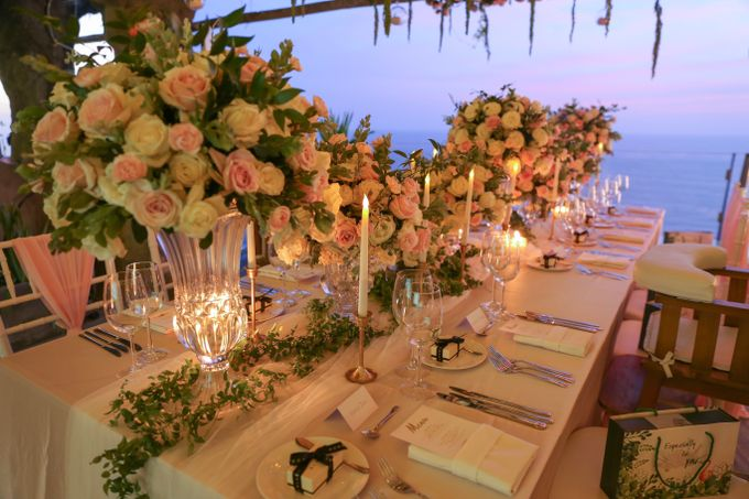 Mesmerizing Cave Wedding at Ocean Bali by Silverdust Decoration - 033