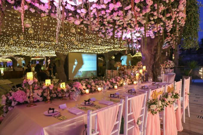 Mesmerizing Cave Wedding at Ocean Bali by Silverdust Decoration - 003
