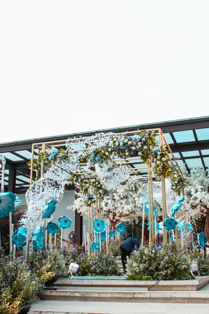 Robert and Michelle Wedding by Orchid Florist and Decoration - 009
