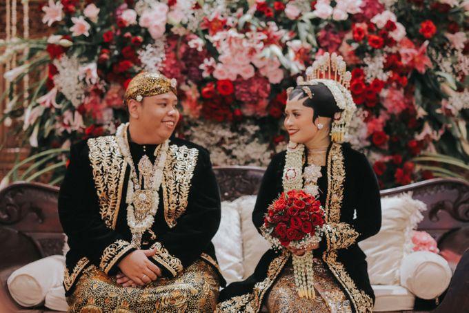DINI & AGI WEDDING by Petty Kaligis - 005