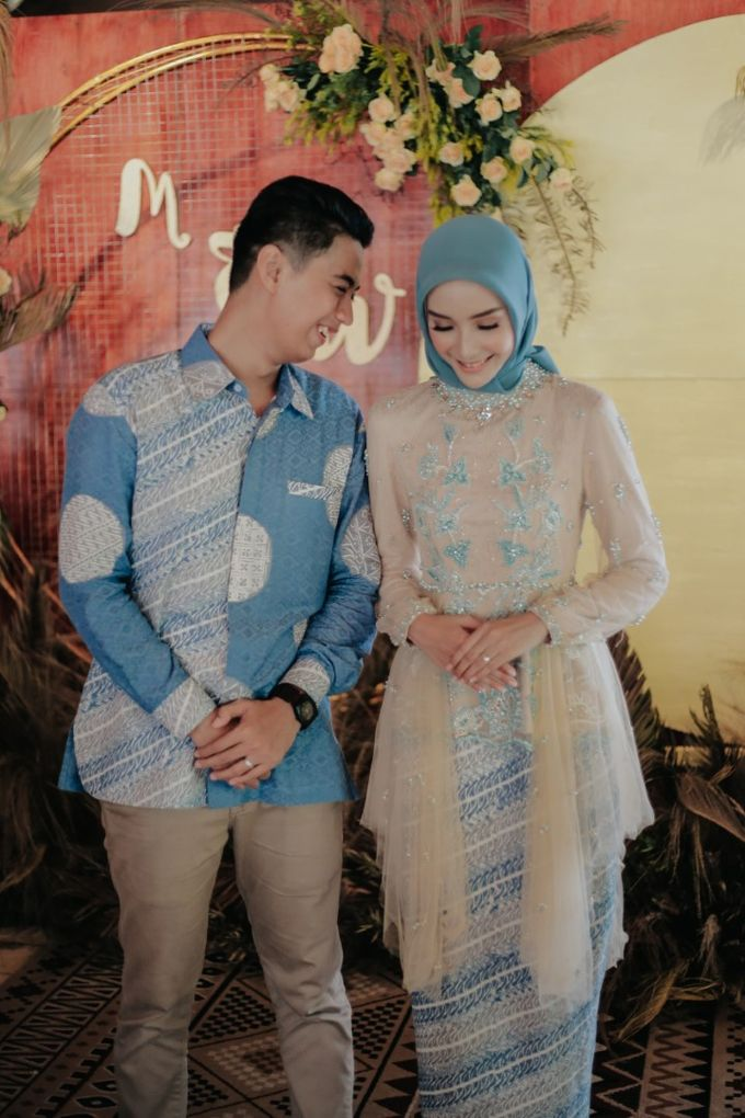 The Engagement of Melly & Wisnu by alienco photography - 008