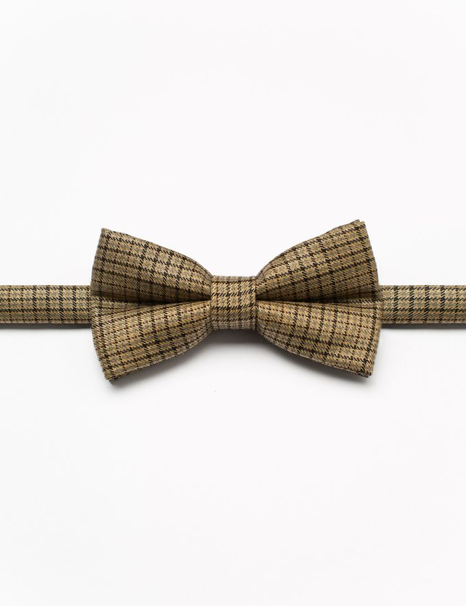 Bowties in colors and patterns by WIT Wear It Too - 017
