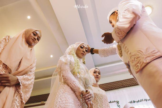 Wedding Day - Devi & Fandi by mdistudio - 006