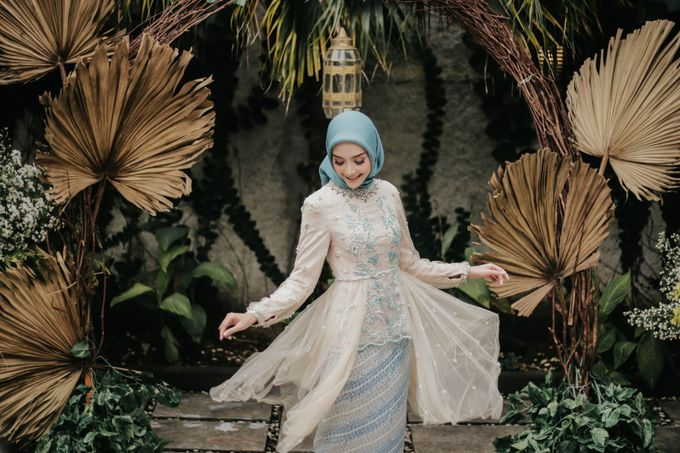 The Engagement of Melly & Wisnu by alienco photography - 016