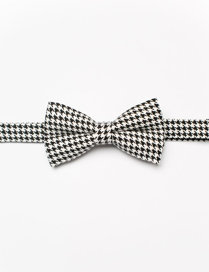 Bowties in colors and patterns by WIT Wear It Too - 031