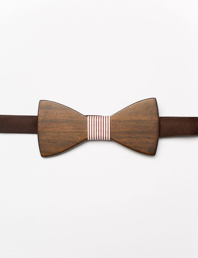 Bowties in colors and patterns by WIT Wear It Too - 033