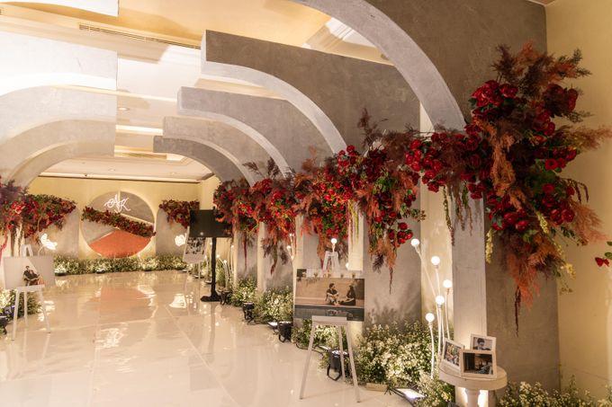 Wedding of Agung & Keyshalla at Trans Convention Center by Valentine Wedding Decoration - 005