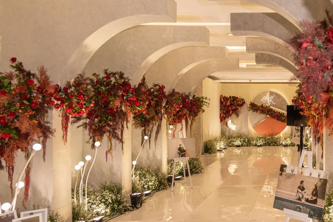 Wedding of Agung & Keyshalla at Trans Convention Center by Valentine Wedding Decoration - 006