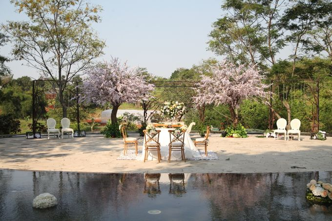 WULAN & ADJI by Raffles Hills Cibubur - On Green Garden Venue - 002