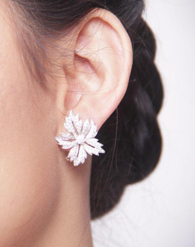 Beautiful in White by CLARTE Jewellery - 003