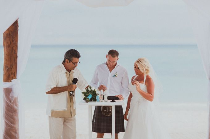 Weddingday Mark & Lisa by Topoto - 003