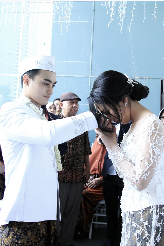 rani & dika akad nikah by Our Wedding & Event Organizer - 011