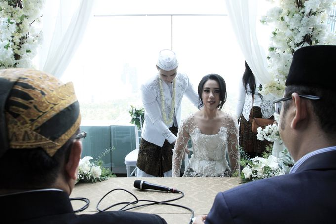 rani & dika akad nikah by Our Wedding & Event Organizer - 013