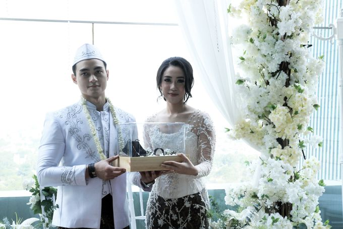 rani & dika akad nikah by Our Wedding & Event Organizer - 015