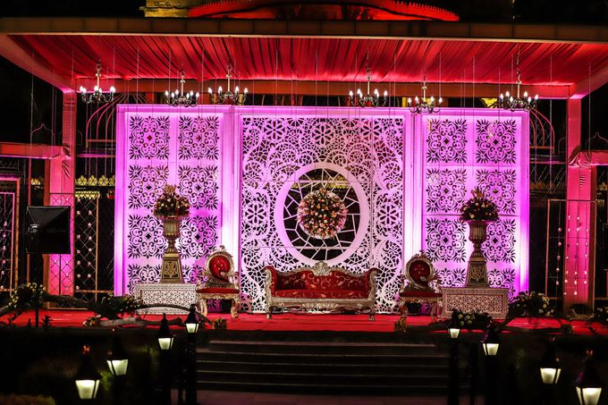 Destination wedding at Taj Aravali with beautiful surrounding by Wedding By Neeraj Kamra - 015