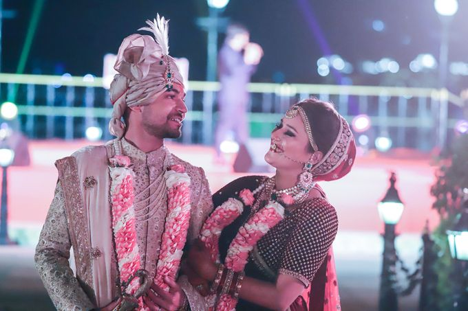 Destination wedding at Taj Aravali with beautiful surrounding by Wedding By Neeraj Kamra - 003