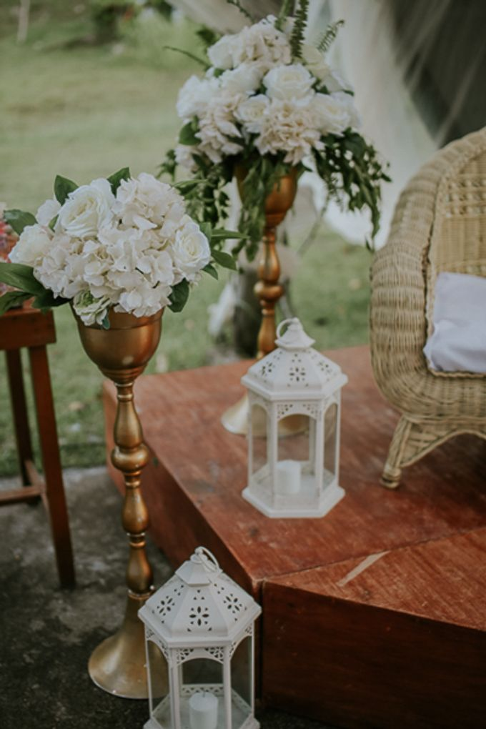 Renz & Jenn Beach Wedding in Romblon by The Fortnight Studios - 003