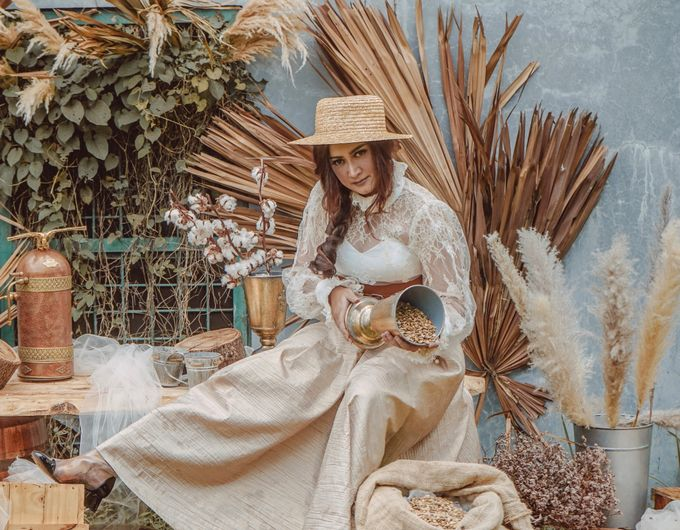 Photoshoot Decoration CLBK Coffee by Veéh Floral Atelier - 001