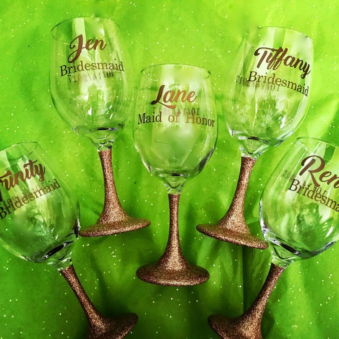 Custom Bridal Party Champagne Flutes by Lola Designs USA - 003