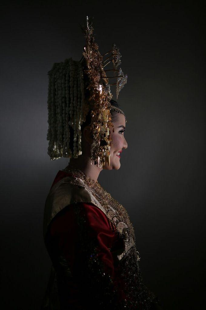 Mirna & Pras Wedding by Akuwedding - 022