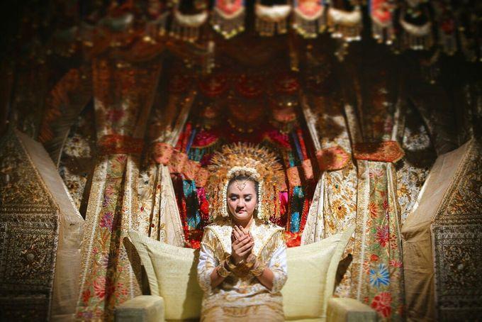 Mirna & Pras Wedding by Akuwedding - 021