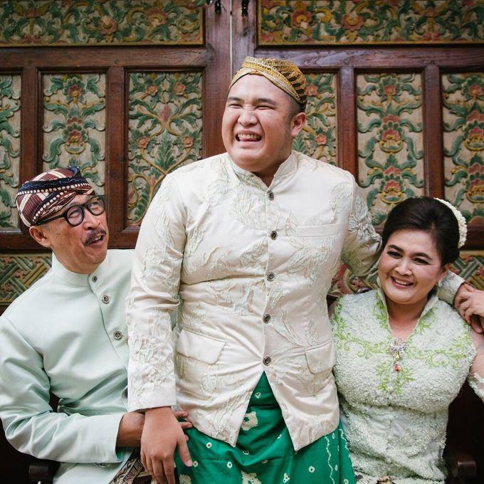 Mirna & Pras Wedding by Akuwedding - 013
