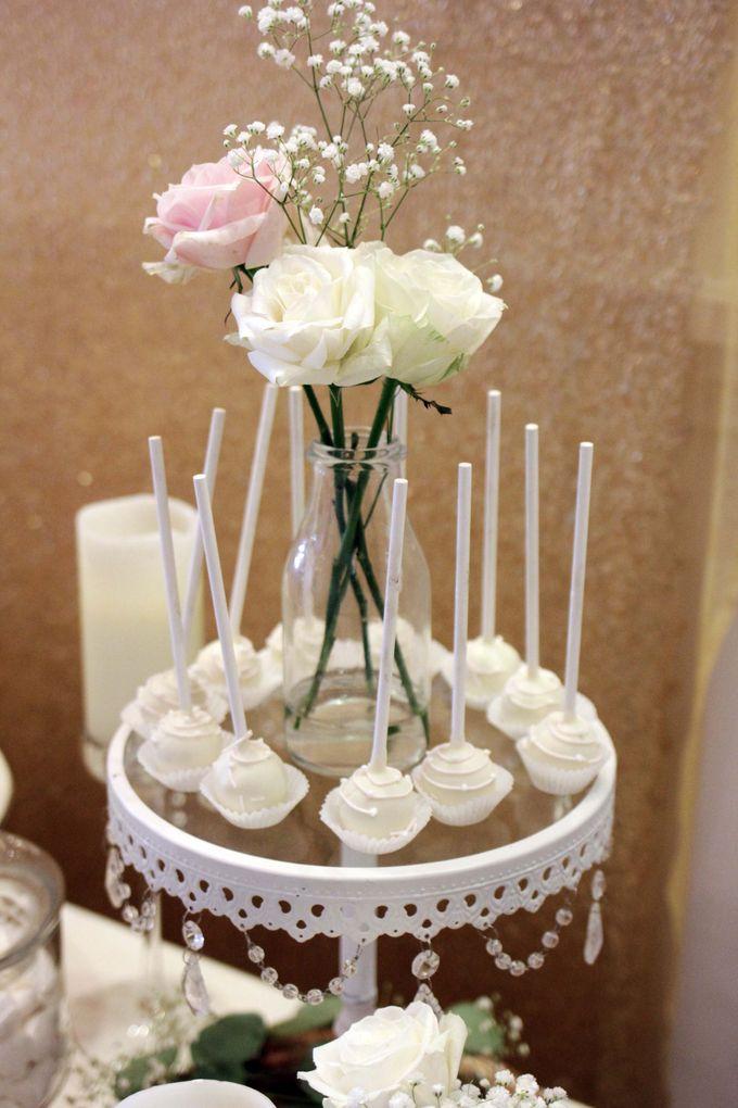 Romantic Dessert Table by Gordon Blue Cake - 006