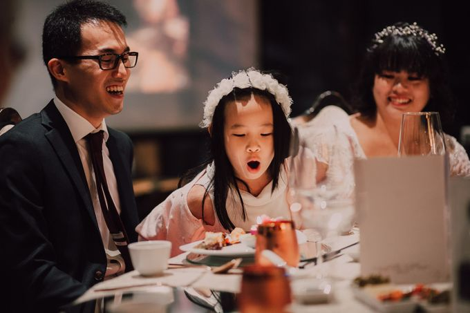 Wedding reception at Ghotel by Amelia Soo photography - 010