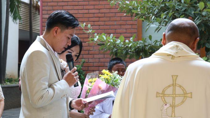 Sunlake Hotel - Yustomo & Errita Wedding by Impressions Wedding Organizer - 005