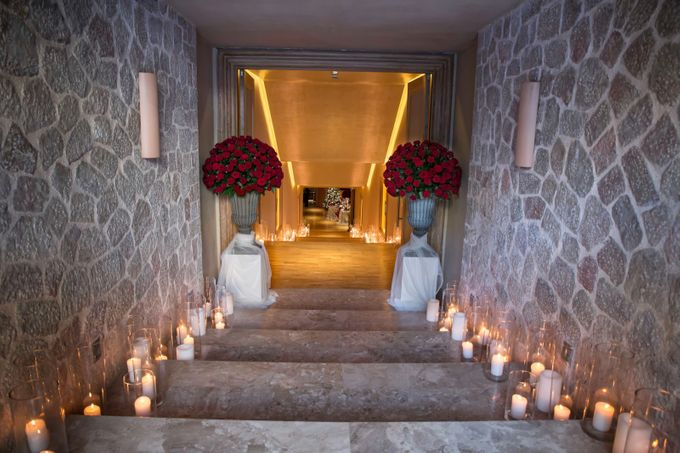 Luxury Christmas Red & Gold Wedding by Diamond Events - 024