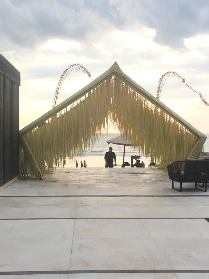 Contemporary archways and venue dressing by Make A Scene! Bali - 008